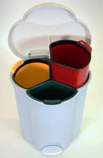 rubbermaid-trio-recycling-pedal-bin